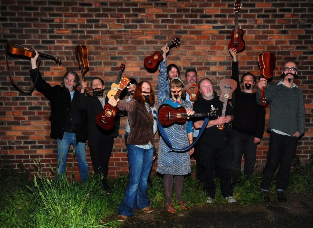 Tenfoot Ukes - Hull based Ukulele Orchestra